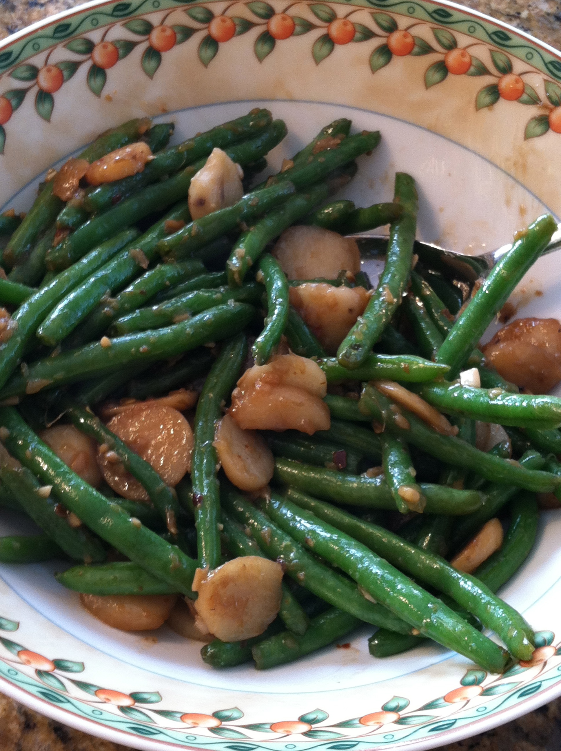STIR-FRIED GREEN BEANS WITH GINGER AND WATER CHESTNUTS