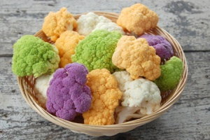 mutli-colored-cauliflower-horiz