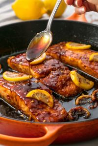 gallery-1506456214-delish-honey-garlic-glazed-salmon