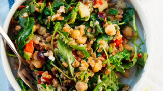 greek-farro-salad-recipe-4-320x180